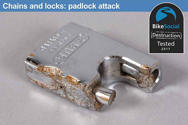 Abus Platinum Chain 34 after a padlock attack