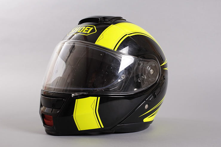 Shoei Neotec left side front view
