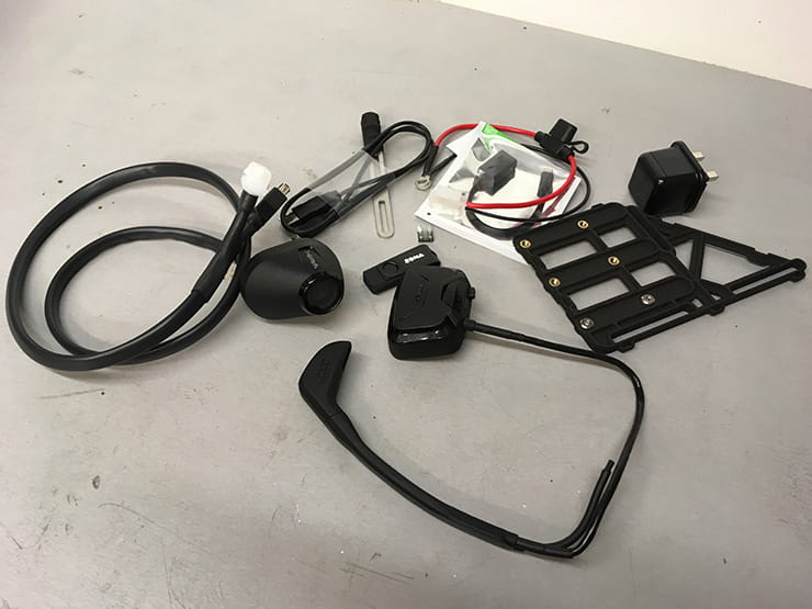 The complete Zona rear view camera kit