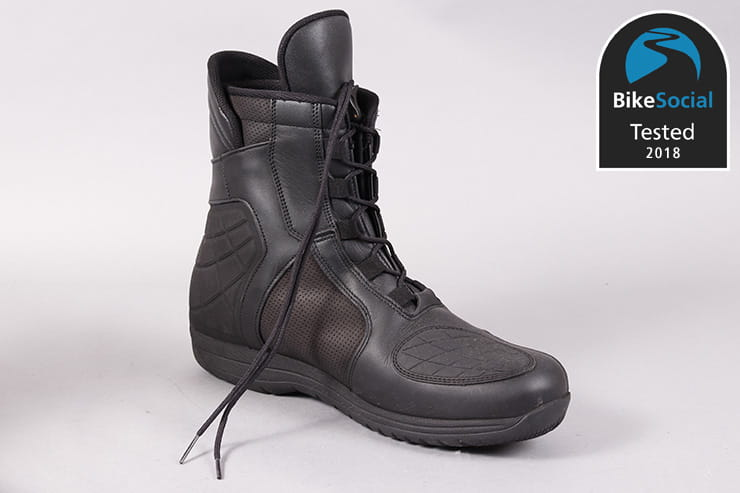 Tested: Daytona AC Dry motorcycle boots review