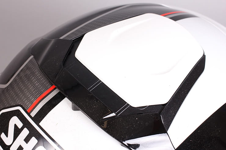 Shoei Neotec II motorcycle helmet review.