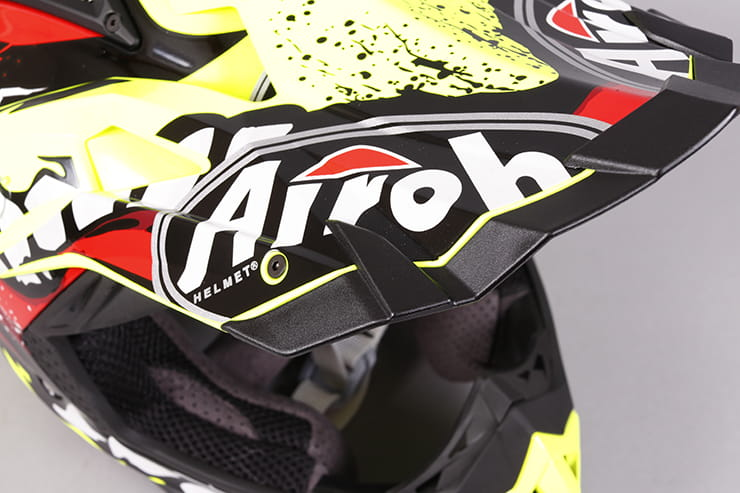 Airoh Aviator 2.2 MX lid review