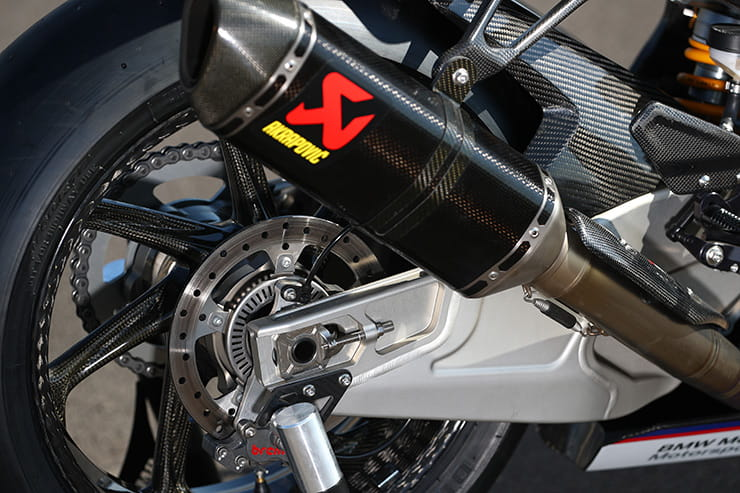 BMW HP4 RACE | Review