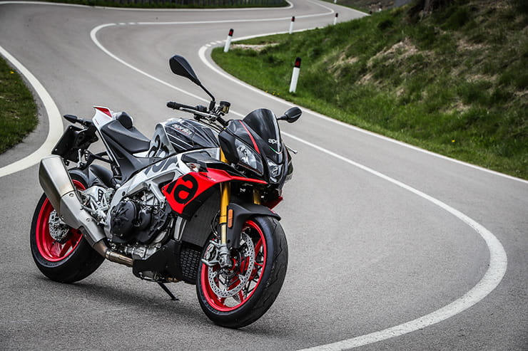 Aprilia Tuono V4 1100 Factory (2019) - Launch Review