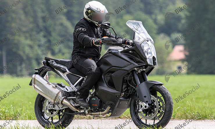 New 2020 KTM 1290 Super Adventure spied on test
