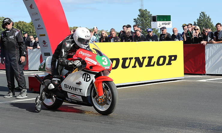 Anstey returns in competitive Lightweight Classic TT line up