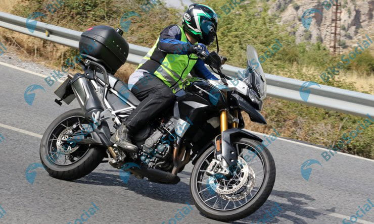 New Triumph Tiger 900 spied on test