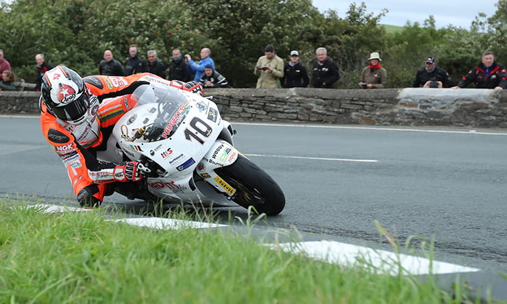 Top 20 announced for RST Superbike Classic race