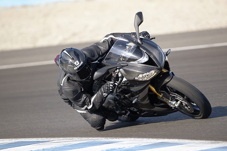 Triumph Moto2 Daytona 765 specs, power and performance first look