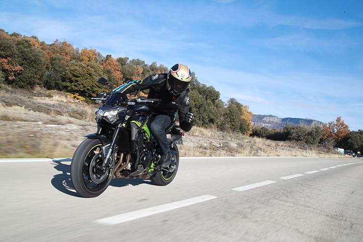 Bennetts Motorbike Insurance >> Kawasaki Z900 2020 [ Review ]