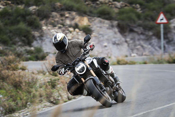 HONDA CB650R (2019) | REVIEW
