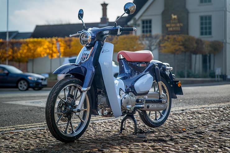 Bennetts Motorbike Insurance >> Honda Super Cub C125 Review (2018) | BikeSocial