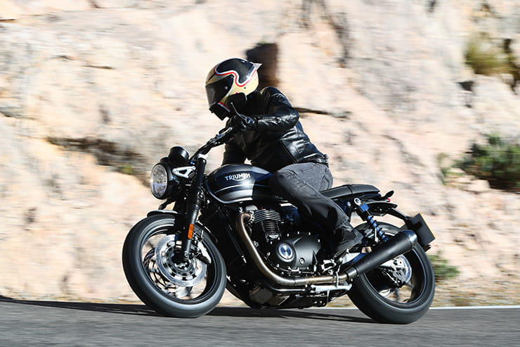 Triumph Speed Twin (2019) Review | BikeSocial