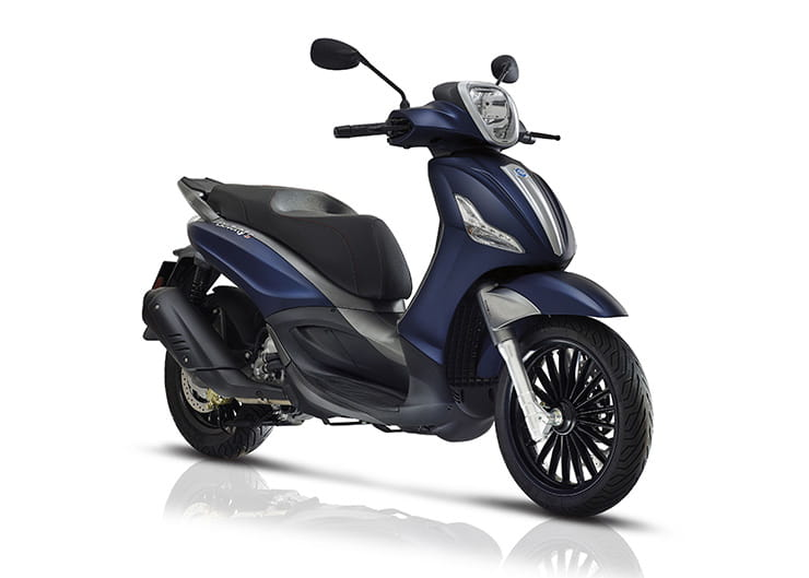 Piaggio Beverly 300 - Top 10 300-400cc scooters for 2019