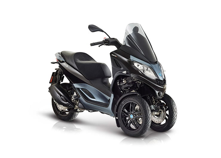 Piaggio MP3 300 HPE  - Top 10 300-400cc scooters for 2019