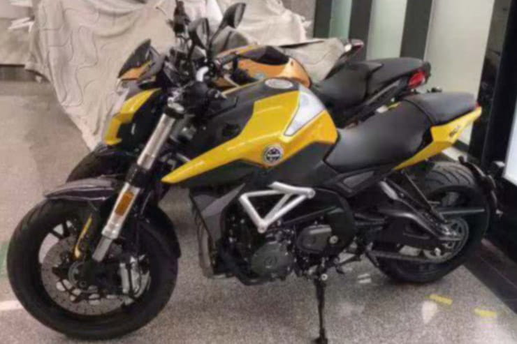 Revamped Benelli TNT 600 spotted in China