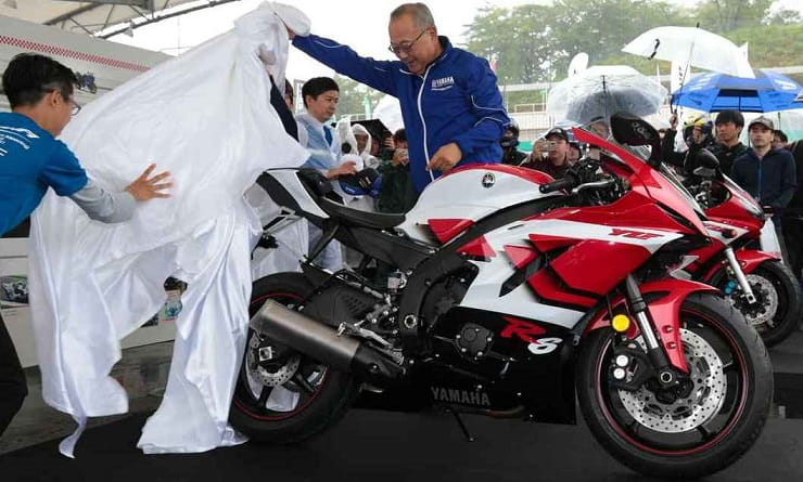 20th anniversary Yamaha R6 revealed in Japan