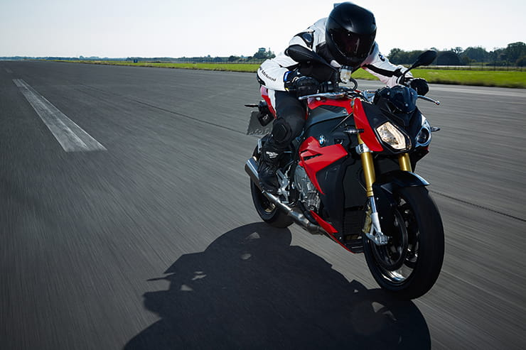 BMW S1000R (2014-current): Review & Buying Guide