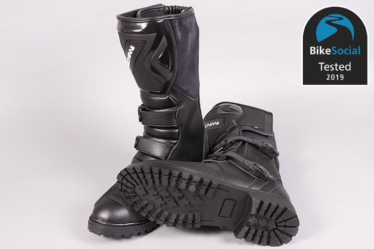 Tested: Duchinni Quest motorcycle boots review