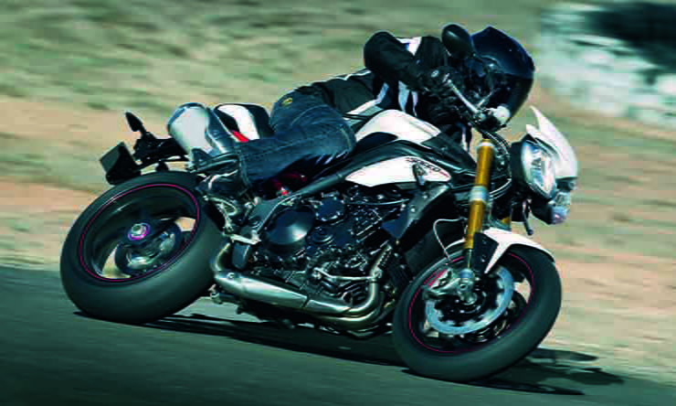 Triumph Speed Triple R (2012-2015): Review & Buying Guide
