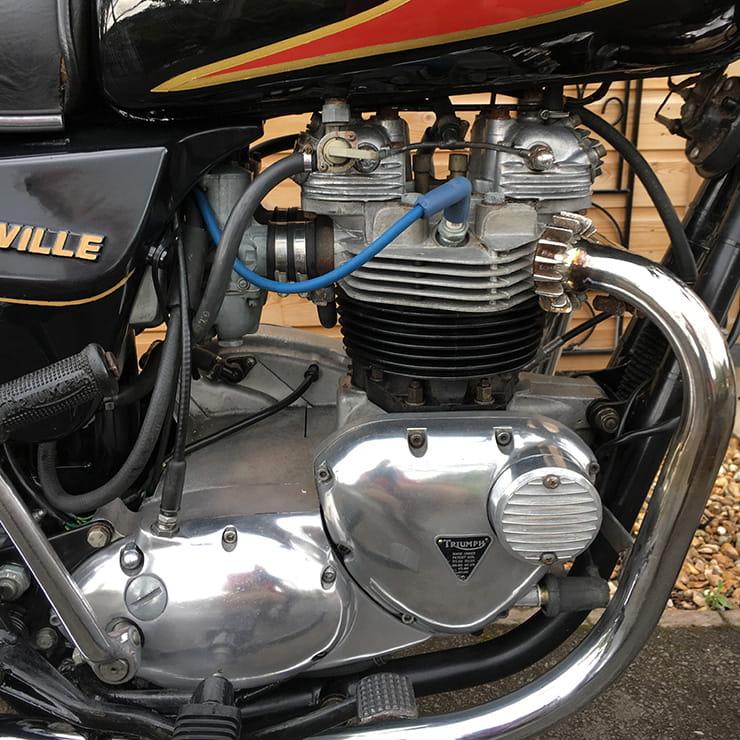 Harris Triumph Bonneville Review (1988)   Classic BikeSocial