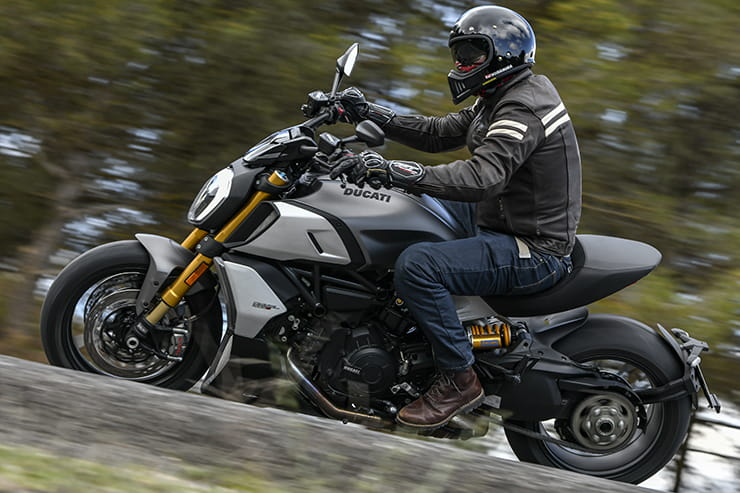 Ducati Diavel 1260 S review | 2019 launch road test