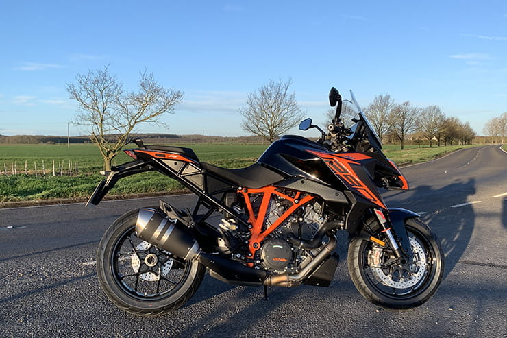 2019 KTM 1290 Super Duke Review