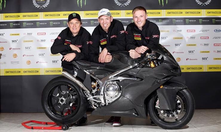 Norton signs McGuinness, Hickman and Todd for Bennetts Lightweight TT