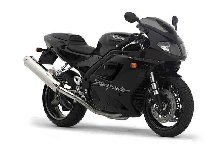 Triumph Daytona 955i 1997 2006 Review Buying Guide