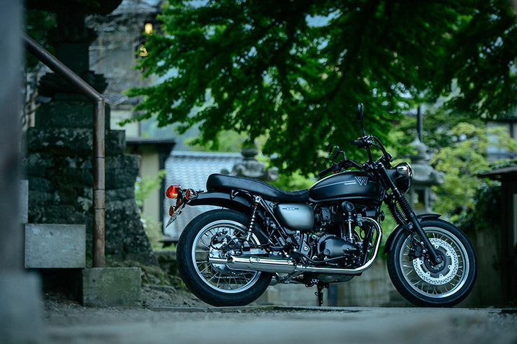2019 Kawasaki W800 Street and Café review