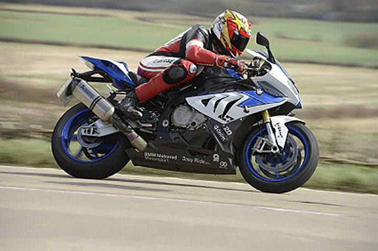 BMW HP4 2013 Review Used Price Spec_04