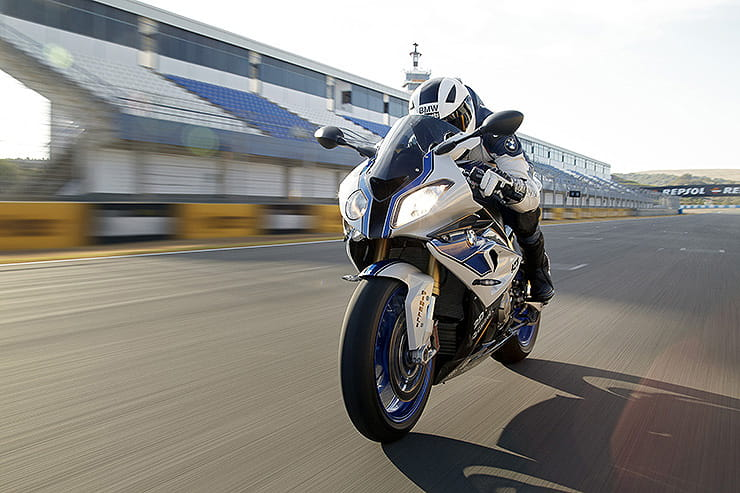 BMW HP4 2013 Review Used Price Spec_07