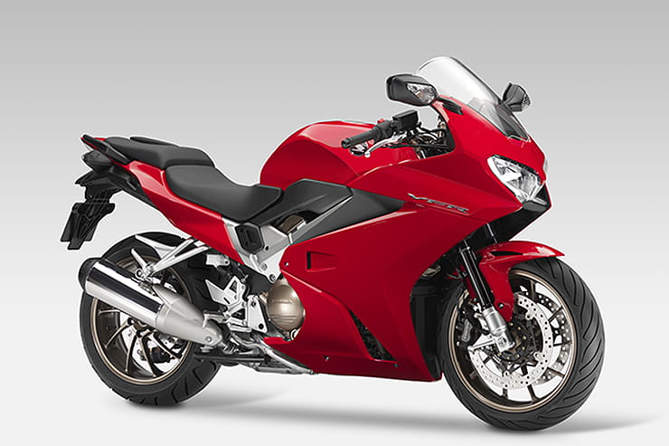 Honda VFR800F 2014 Review Used Price Spec_06