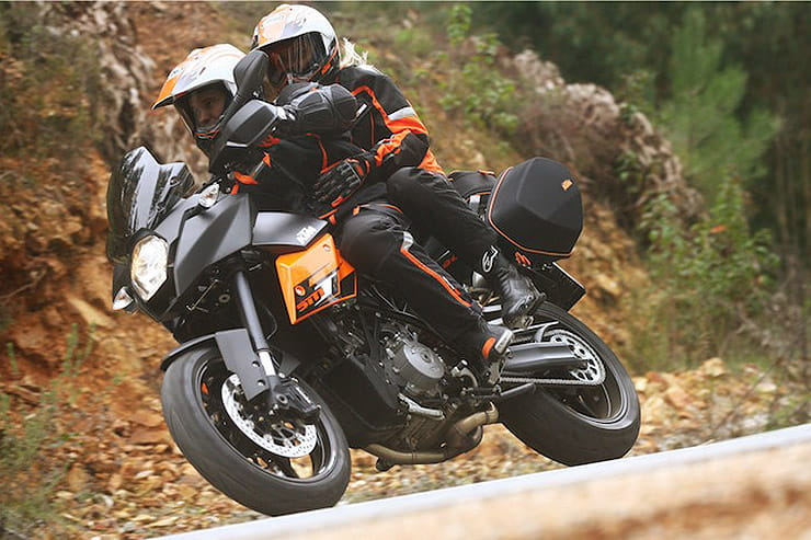 KTM 990 Supermoto T-SM-T 2009 Review Used Price Spec_05