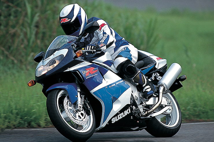 400 Miles - 2002 Suzuki TL1000R | Bike-urious