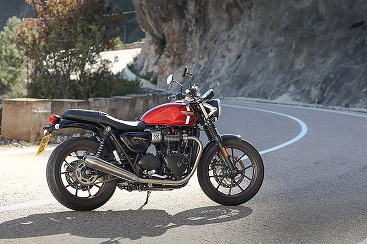 Triumph Street Twin 2016 Review Used Price Spec_02