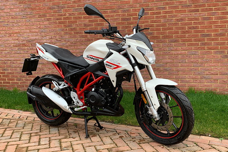 Sinnis' L-plate streetfighter has funky styling, excellent handling and brakes all for £2199