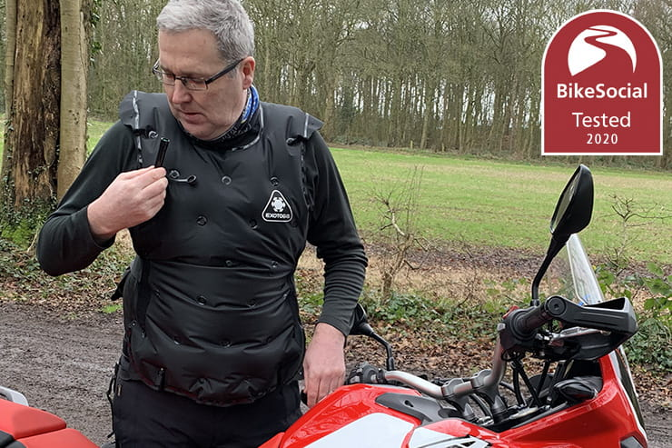 Full review of the Exotogg lightweight inflatable bodywarmer… is trapped air a good enough insulator for motorcycle riding in the cold?
