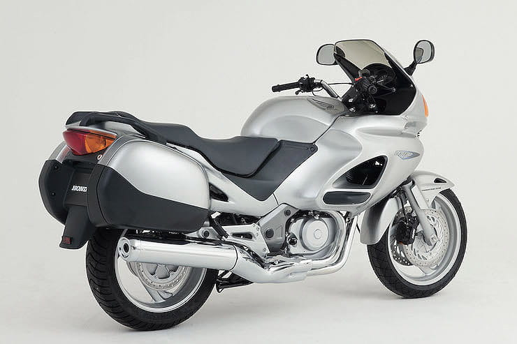 The pros, cons, specifications and more of Honda's middleweight touring bike - Deauville 650 – what to pay and what to look out for.