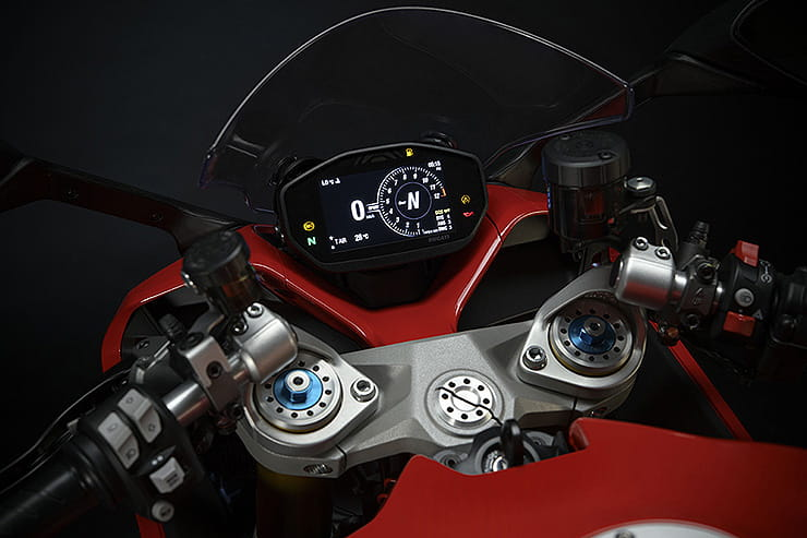 Ducati Supersport 950 2021 Details Price Spec (7)