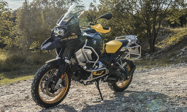 Electronics updates and anniversary colours for best-selling BMW R1250GS in 2021