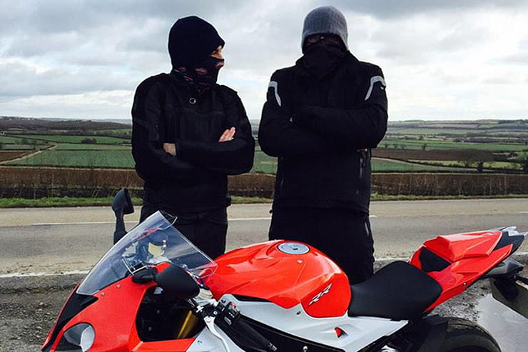 Guide to heated motorcycle  clothing (2)