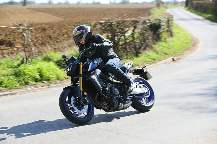 Yamaha MT09 SP 2021 Review Price Spec_060