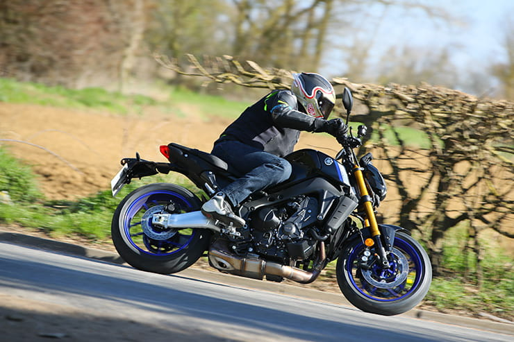 Yamaha MT09 SP 2021 Review Price Spec_064