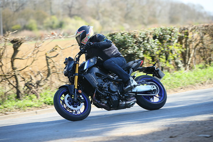 Yamaha MT09 SP 2021 Review Price Spec_066