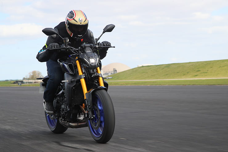 Yamaha MT09 SP 2021 Review Price Spec_154