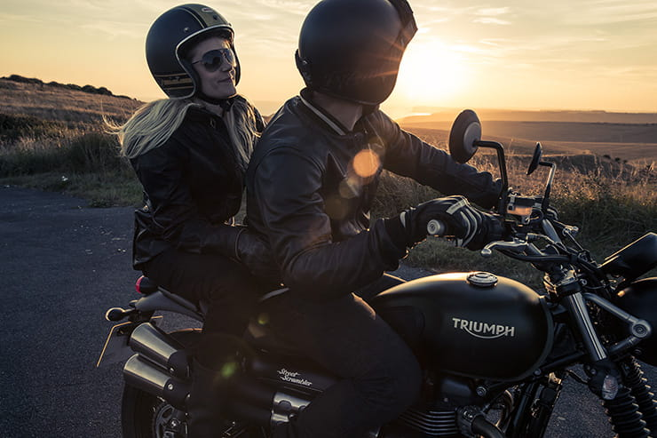 Triumph Street Scrambler 2017 Review Used Guide_08