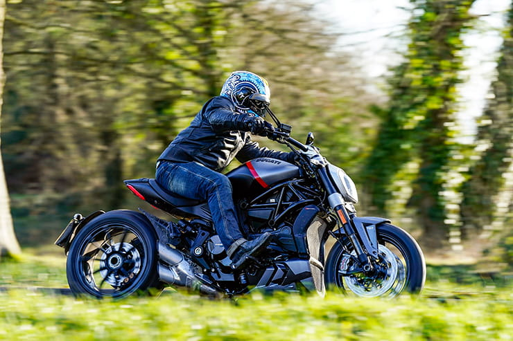 Ducati XDiavel Black Star 2021 Review Price Spec_03