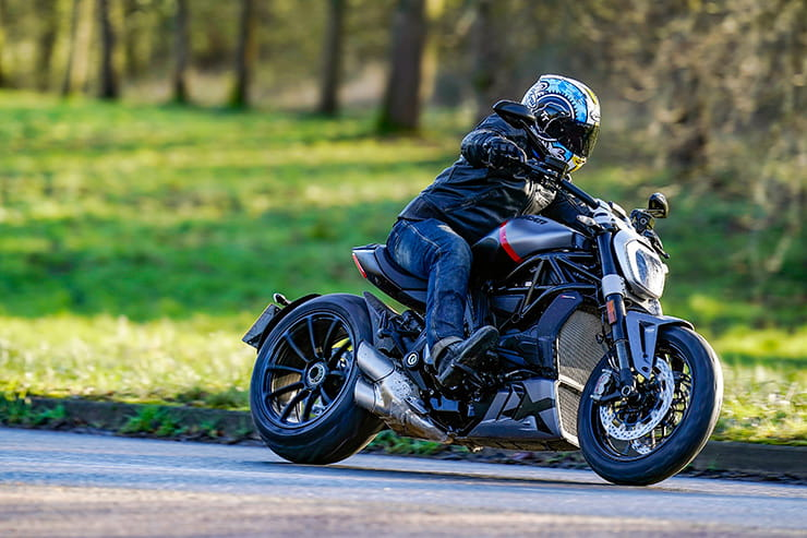 Ducati XDiavel Black Star 2021 Review Price Spec_11
