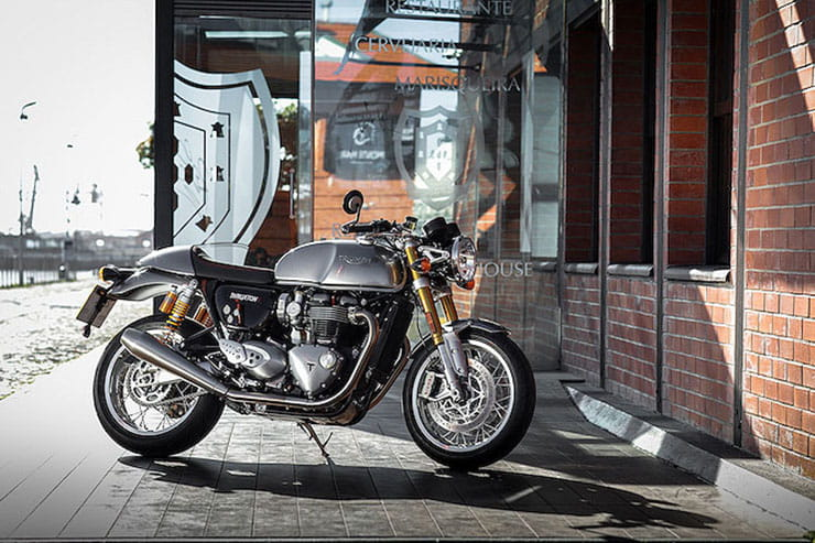 Triumph Thruxton 1200R 2016 Review Used Guide_07